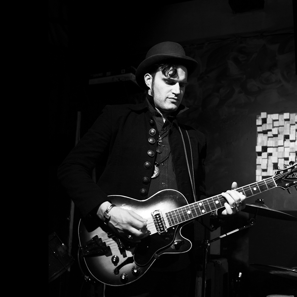 Dmitry Wild - Guitar Player / Singer